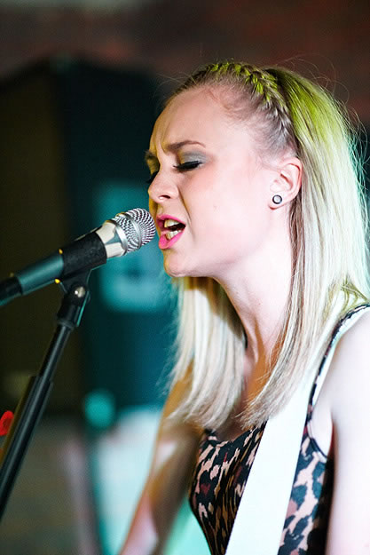 Emily Jane Stancer 15115 Gary Wolstenholme   Sarah Mac: Everyone Knows EP Launch