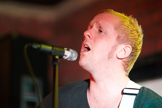 Ian Britt 14974 Gary Wolstenholme   Sarah Mac: Everyone Knows EP Launch