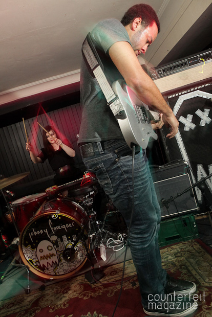 Johnny Foreigner 081 | Tip Your Bartender, Screaming Maldini and Johnny Foreigner: The Harley, Sheffield