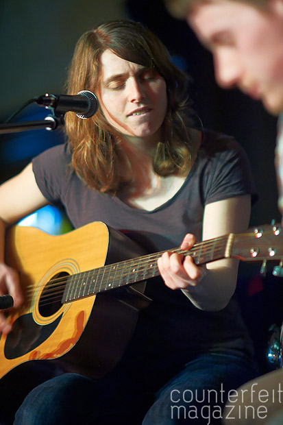 sTANDARDfARE 064GaryWolstenholme | Nat Johnson and The Figureheads and Standard Fare: Memorial Hall, Sheffield