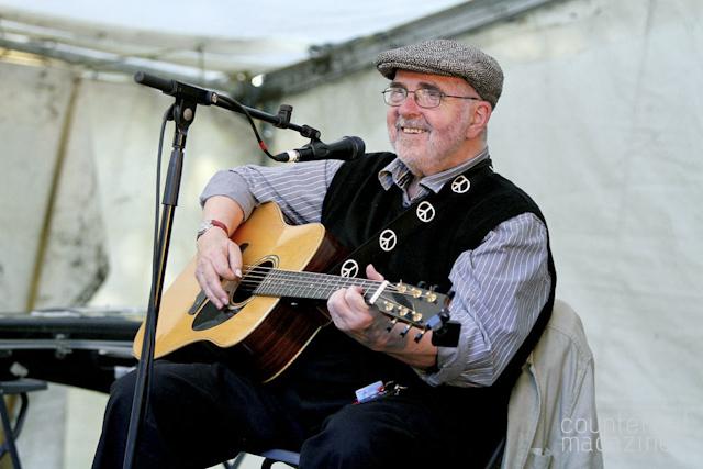 Roy Bailey EndcliffeParkFolkForest Tramlines2012 RichLinley 02 | Tramlines 2012: Part Three