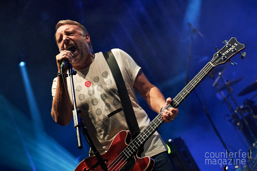 15 Peter Hook The Light Gerard Morgan | Peter Hook & The Light: O2 Apollo, Manchester