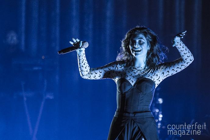 03 Lorde Andrew Twambley | Lorde: 02 Apollo, Manchester