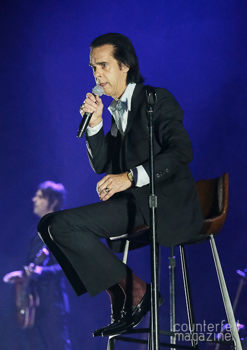 04 Nick Cave Sakura Henderson | Nick Cave & The Bad Seeds: Manchester Arena, Manchester