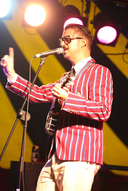 0034 Mr B The Gentleman Rhymer Performs At Kendal Calling  | Kendal Calling 2011
