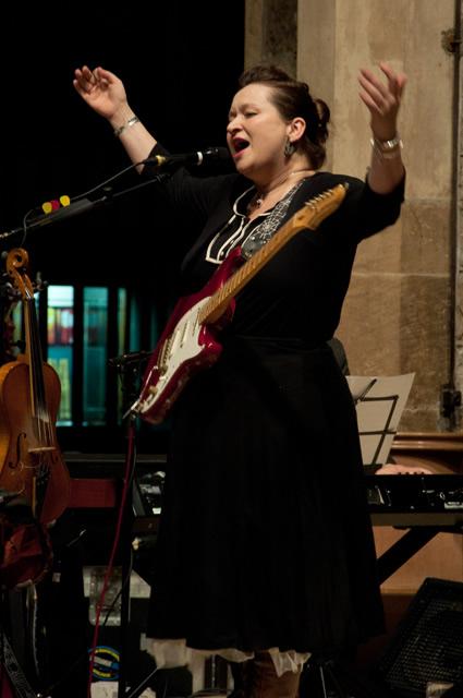 Eliza Carthy1 | Eliza Carthy Band: Sheffield Cathedral