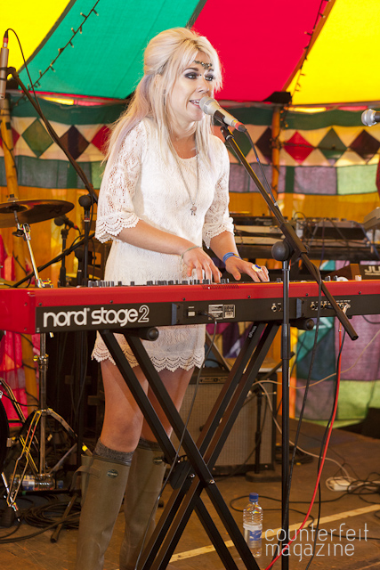 Sarah Mac Kendal Calling 20129 | Kendal Calling 2012: Lowther Deer Park, Penrith