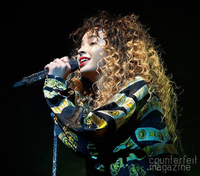 DSC4143 Version 2 | Ella Eyre, Seinabo Sey and Joel Baker: Plug, Sheffield