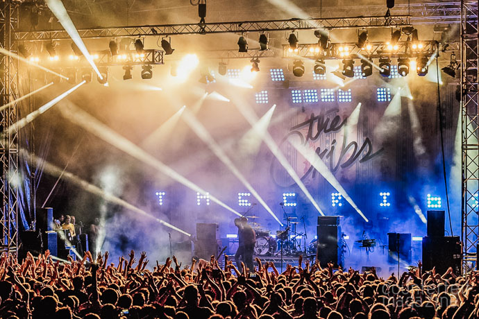 19 160722 The Cribs  | The Cribs: Millennium Square, Leeds